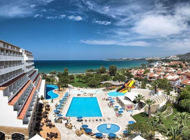 Hotel Batihan Beach Resort 4*, Kusadasi.