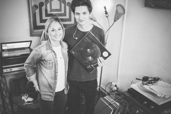 Jana Štefancová aSamuel Štefanec tvoria od septembra 2015 spoločný hudobný projekt Bulp.