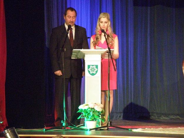 Slávnostný galavečer moderovali Ľubica Mančušková a Péter Kis