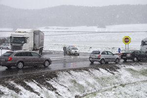 Situácia na ceste medzi Spišským Štvrtkom a Jánovcami.