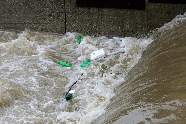 Rieka Hron má vo Zvolene aj takúto podobu.