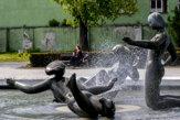 Bratislava víta jar, v meste spúšťajú fontány