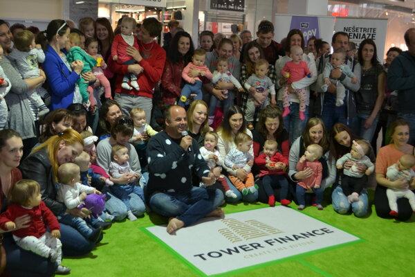 Skvelá partia rodičov a ich ratolestí v OC Galéria Lučenec.
