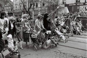 Oslavy 1. mája v Košiciach v roku 1984.