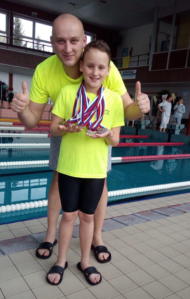 Alex Maták so svojím hrdým otcom.