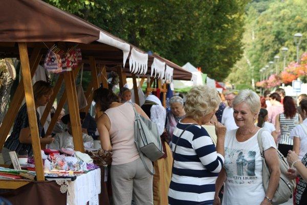 Predajné stánky v Bojniciach by mali mať vhodný vzhľad, hlavne blízko pamiatok.