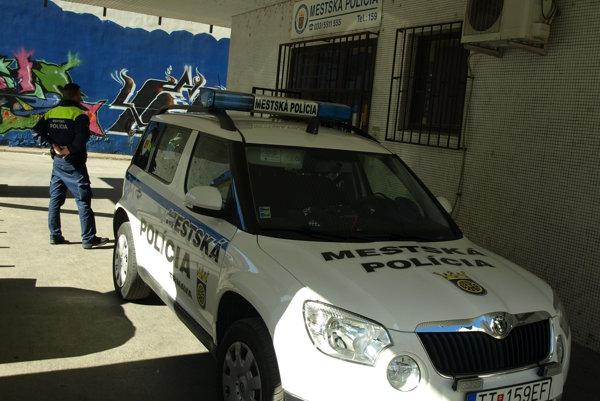 Vozidlá mestskej  polície dostanú nové GPS.