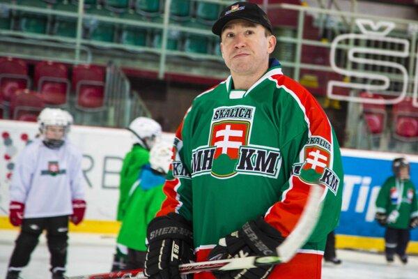 Žigmund Pálffy podporuje aj mládež vo svojom rodnom meste.