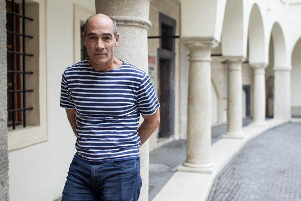 Jean - Marc Barr je v Bratislave, nakrúca nový slovenský film.