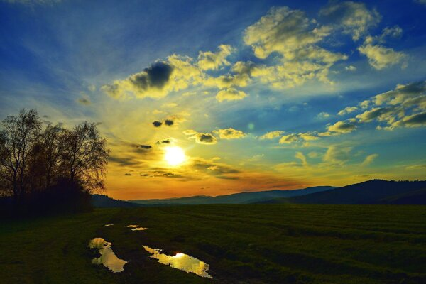 Maľovaná obloha nad Oščadnicou.