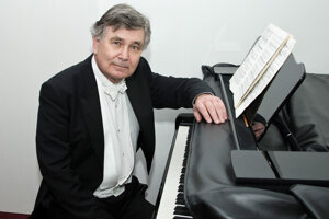 Eugen Indjić vNitre uvedie Chopinove diela.