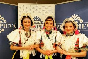 Rusínske trio. Na cédečku spievajú Kolmyjky.