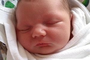 MATIAS ŠTRBÁŇ sa narodil ako prvé bábätko rodičom Petre a Jozefovi z Nižnej. Na svet prišiel 4. mája, vážil 3500 g a meral 49 cm.