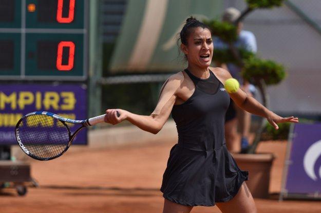 Na snímke paraguajská tenistka Veronica Cepedeová-Roygová počas finálového zápasu.
