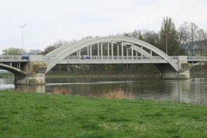 Krajinský most v Piešťanoch.