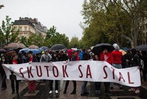 Slovenskí študenti zorganizovali v apríli prvý pochod v Bratislave.