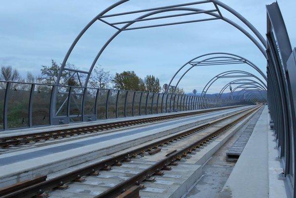 Železničný most v Trenčíne.