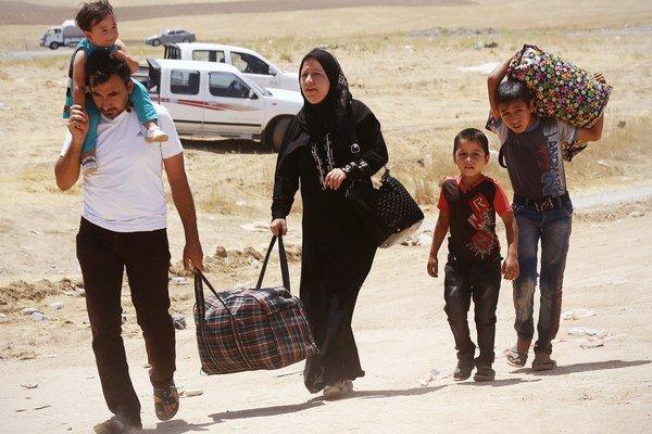 Utečenci z irackého Mosulu sa uchýlili v kurdskej časti Iraku neďaleko Irbílu.