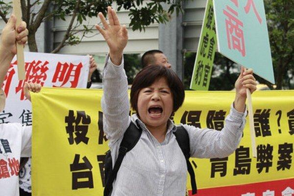 Proti Číne protestujú.