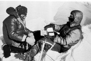 Zoltán Demján a Jozef Psotka (vpravo). Na vrchole sveta pobudli len chvíľu.