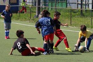 Mladé talenty počas súbojov ŽFL