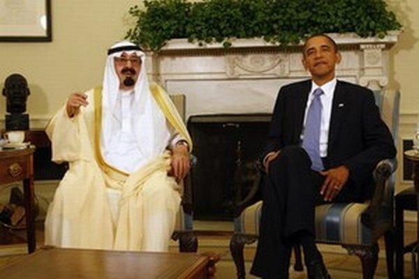 Saudskoarabský kráľ Abdallah (vľavo) na návšteve v Bielom dome.