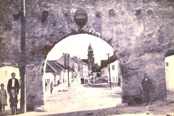 Historická podoba Severnej brány. Nová brána nebude jej kópiou.