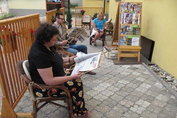 Letná čitáreň v Trenčíne.