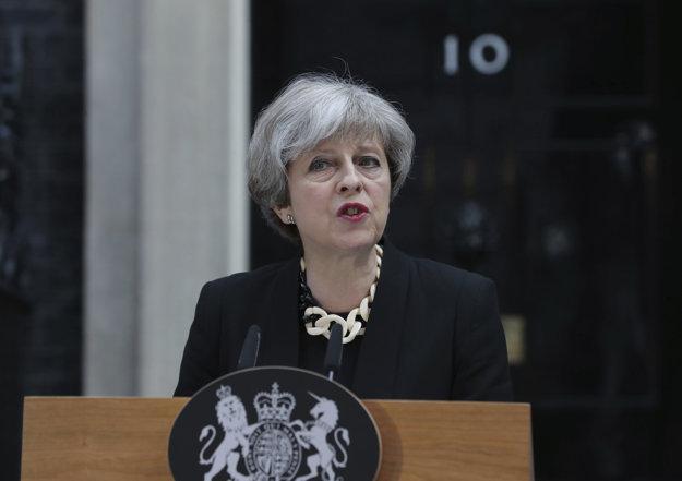 Theresa Mayová počas prejavu k útokom v Londýne.
