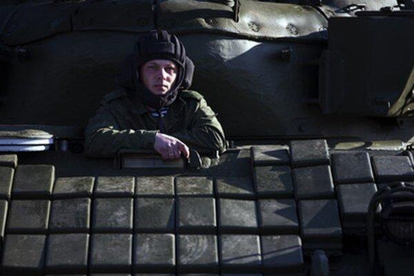 Ruský vojak na Kryme.