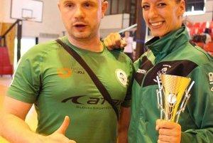 Lucia Langošová s trofejou.