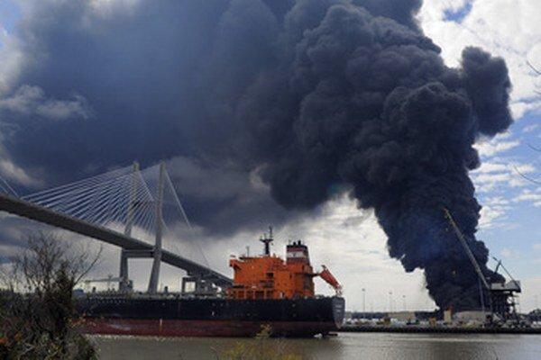Požiar v prístave.
