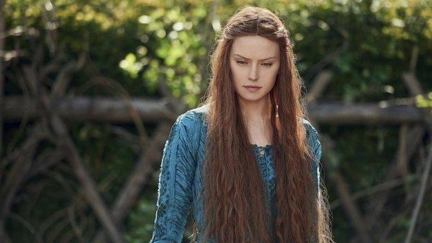 Daisey Ridley ako hlavná postava filmu Ophelia.
