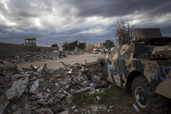 Vojnou zničená Líbya.