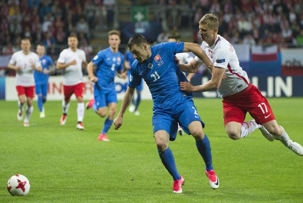 Matúš Bero (v modrom, v popredí).