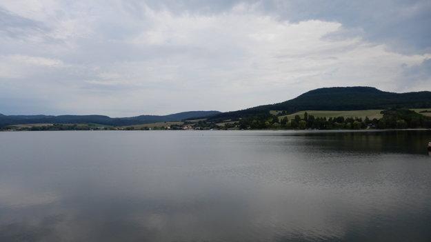 Vodná nádrž Teplý vrch.
