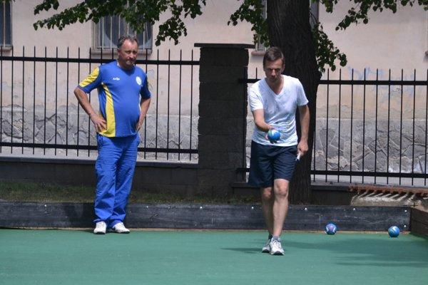 Ilustračné foto. Boccisti Ivan Stieranka (vľavo) a Peter Domok.