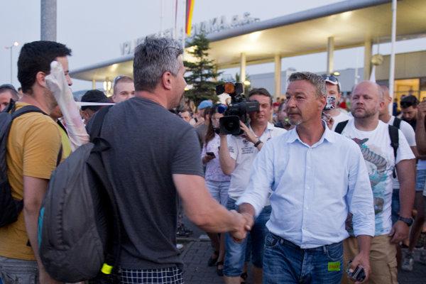 Štrajk vo Volkswagene neskončil ani po troch dňoch.
