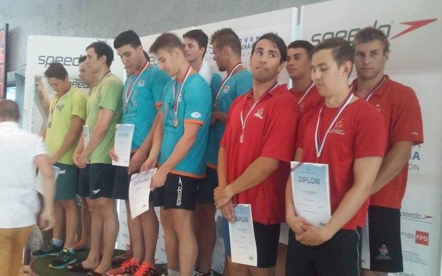 Topoľčianska štafeta na 4x100 m polohový pretek získala bronz.