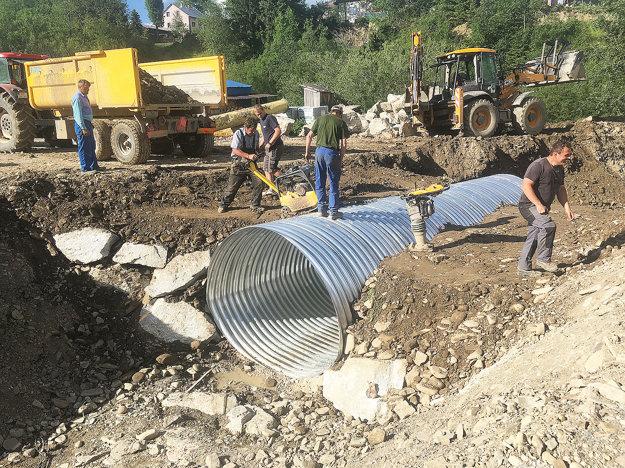 Oceľový tubosider nahradí železný či betónový most.