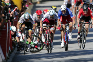 Peter Sagan po kolízii s Markom Cavendishom na Tour de France skončil