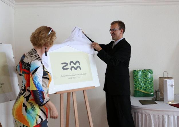 Odhalenie nového loga Zemplínskeho múzea.