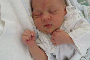 Jane Lukáčovej a Miroslavovi Milúchovi z Plevníka sa 29. júna narodil syn Mirko (3900 g a 52 cm). Radosť má aj sestra Lucka.