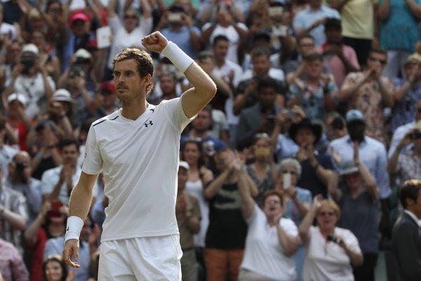 Andy Murray je naďalej svetovou jednotkou.