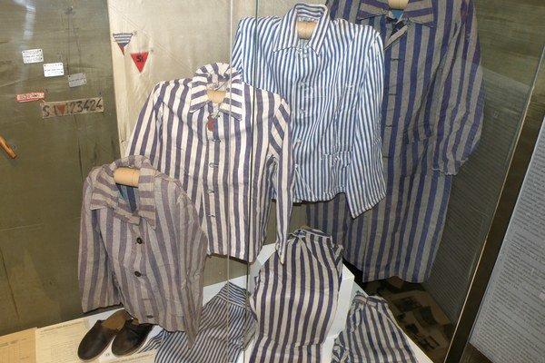 Časť expozície je venovaná hrôzam v koncentračných táboroch.