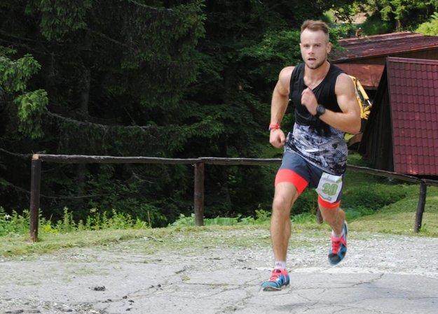 Tomáš Rehák z Trstenej len deň pred pretekmi prišiel zo zahraničia.