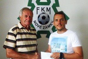 Vľavo Ladislav Valkó, vpravo generálny manažér FKM Peter Kováč