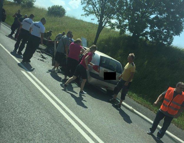 Tragická nehoda pri Hozelci.