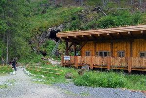Faleska pri Medvedej štôlni v Žiarskej doline
