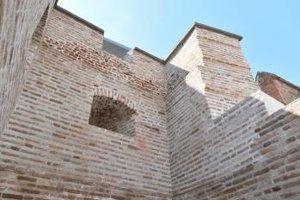 a snímke je dokončená rekonštrukcia južnej veže stredovekého trnavského mestského opevnenia v Trnave vo štvrtok 20. júla 2017.